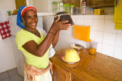 Making Cuscus de Terra, Cape Verde