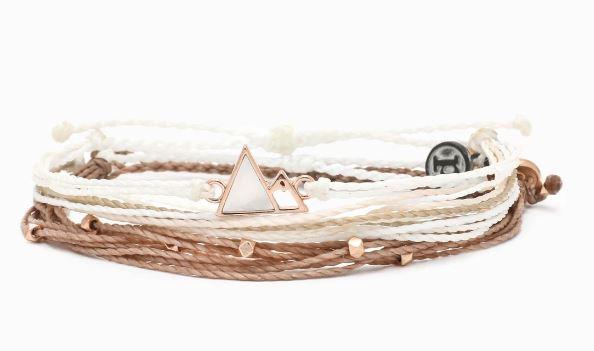 Pura Vida Jewelry gifts that give back