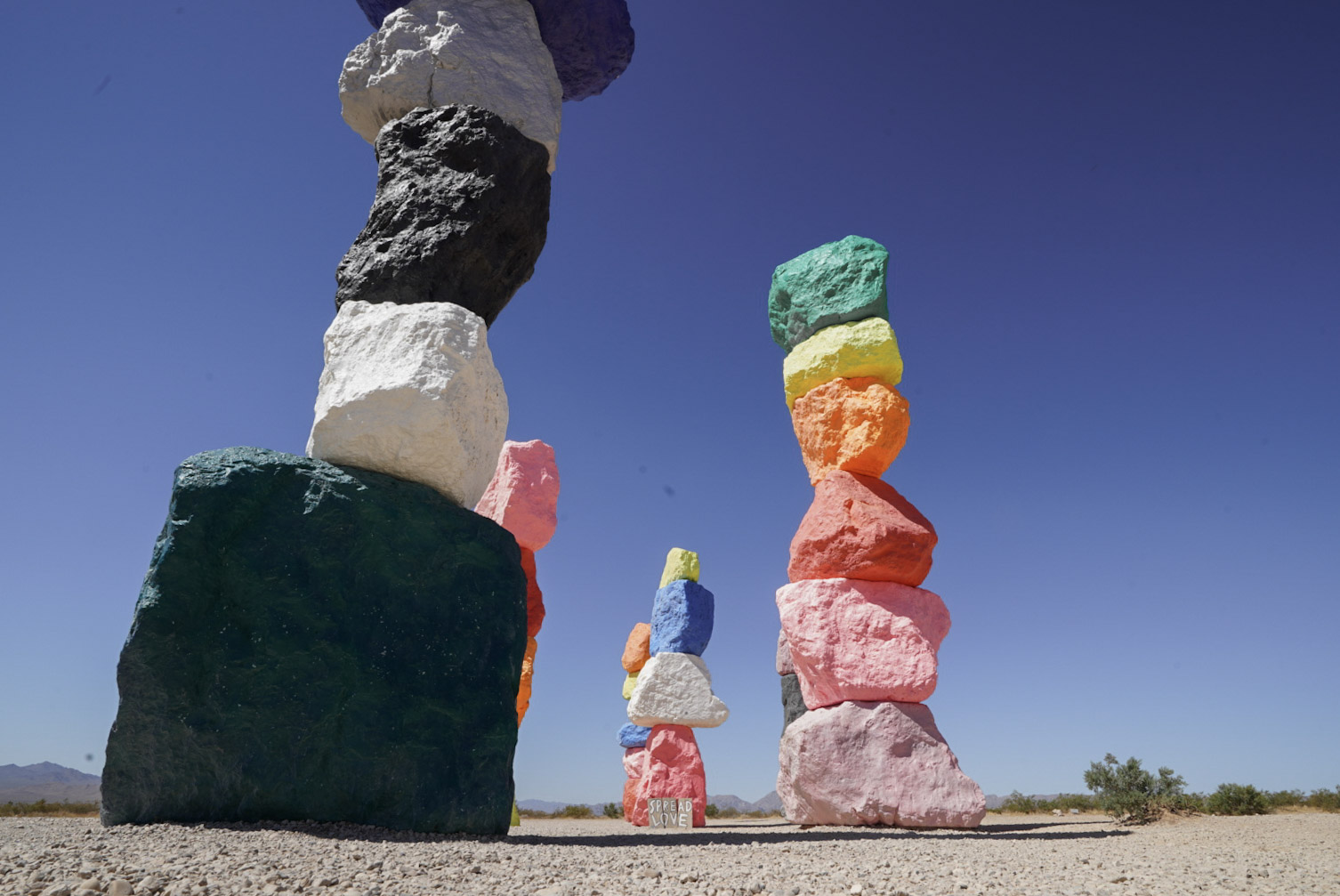 The Great American Road trip: 7 Extraordinary USA Roadside Attractions